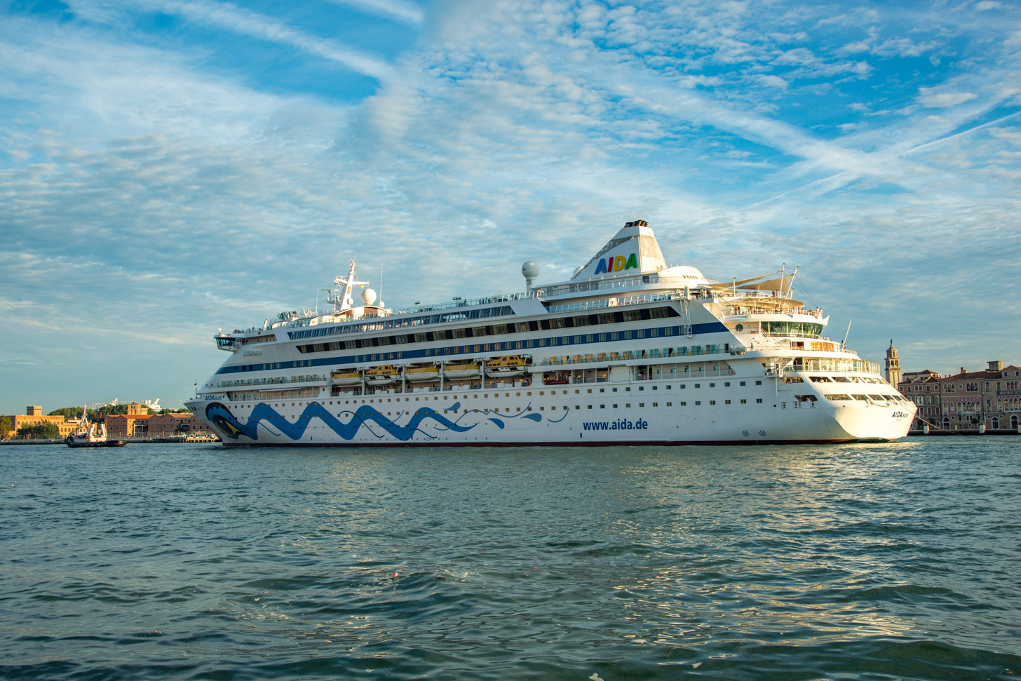 Cruiseschip in Venetië